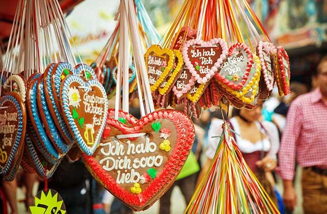 L'Oktoberfest, festival bavarois, se célèbre aussi en France