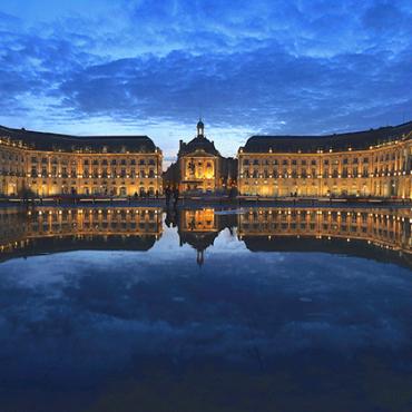 Le miroir d'eau de la Place de la Bourse de Bordeaux