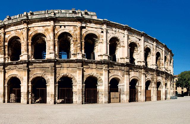 Les Arènes de Nîmes, amphithéâtre romain du Ier siècle