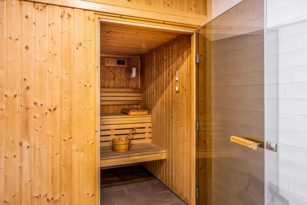 Communs-sauna-BODA-St-Quentin-en-Yvelines-Bois-d-Arcy-24.07.20 (2)